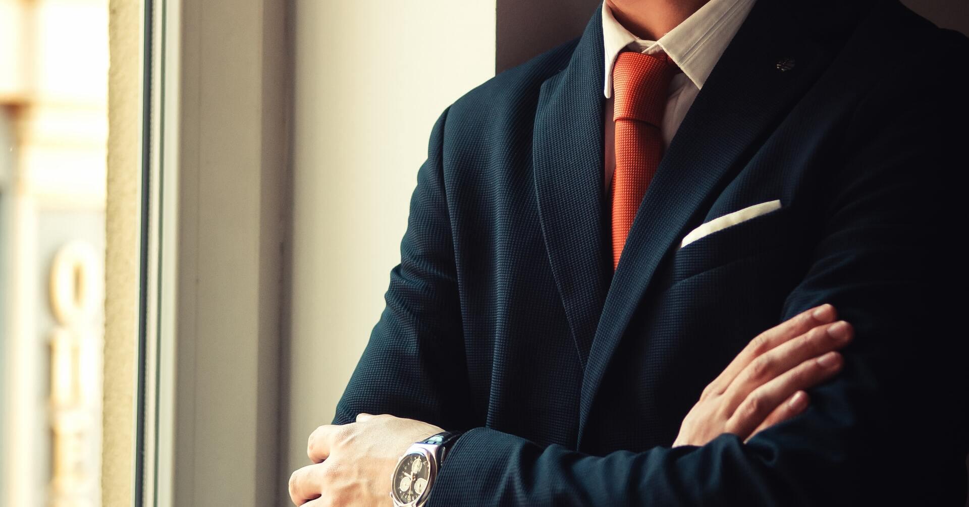 40代サラリーマンの平均年収は?男女別・企業規模別・業界別に解説