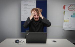 転職エージェントに見捨てられる理由|見捨てられた時の対処法を解説