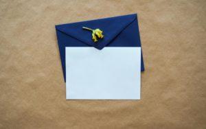 退職挨拶メールへの返信に対して、返信すべき?例文とともに解説