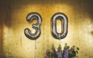 30歳で年収500万円は勝ち組?平均年収や500万超の割合を解説