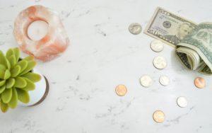 40歳で年収1000万円は勝ち組?平均年収や1000万超の割合を解説